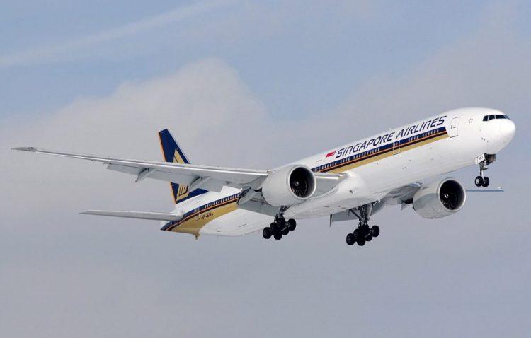 Disaksikan Donald Trump, Singapore Airlines Borong 20 Boeing 777-9 dan 19 Boeing 787-10