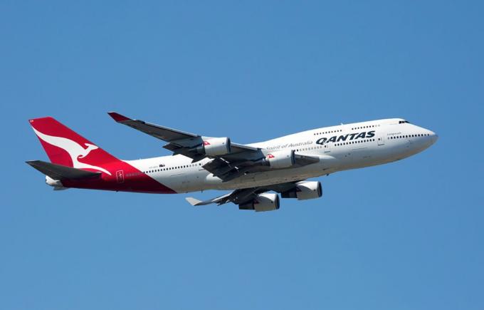 QF74 Akhiri Penerbangan San Francisco – Sydney dengan Boeing 747-400