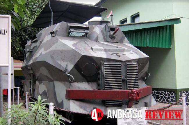 Mengenal Panser Rel TNI AD (Bagian 1)