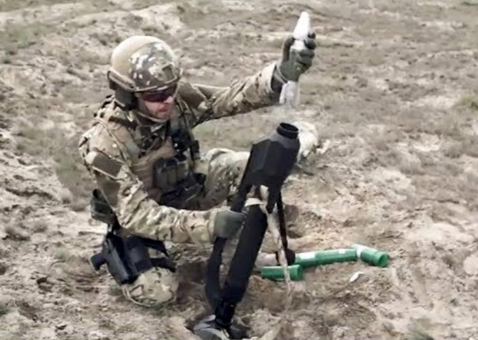 ANTOS, Mortar Ringan Akurat Bagi Pasukan Khusus dan Penerjun