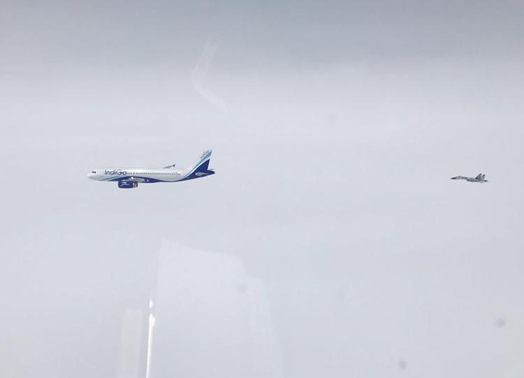Wilayah Udara Indonesia Barat Masih Rawan, Sukhoi Usir Pesawat Komersial Tanpa Izin