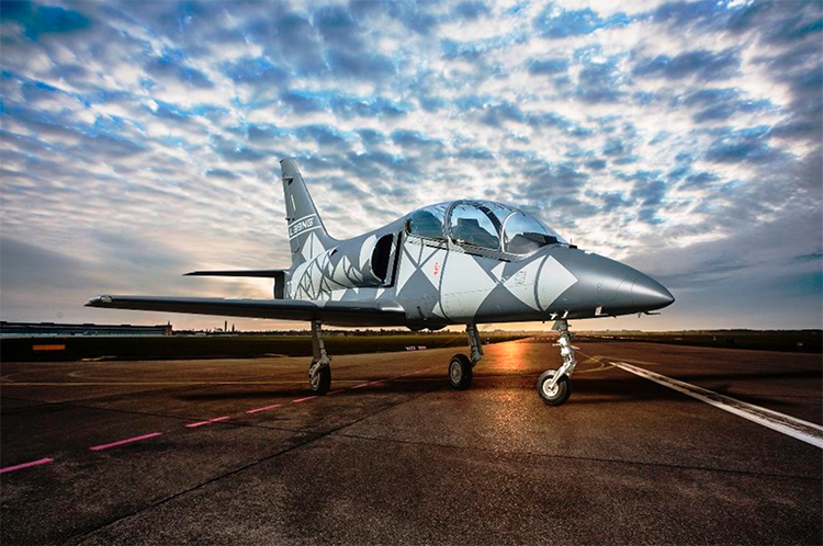 Aero Vodochody Luncurkan Jet Latih Modern L-39NG