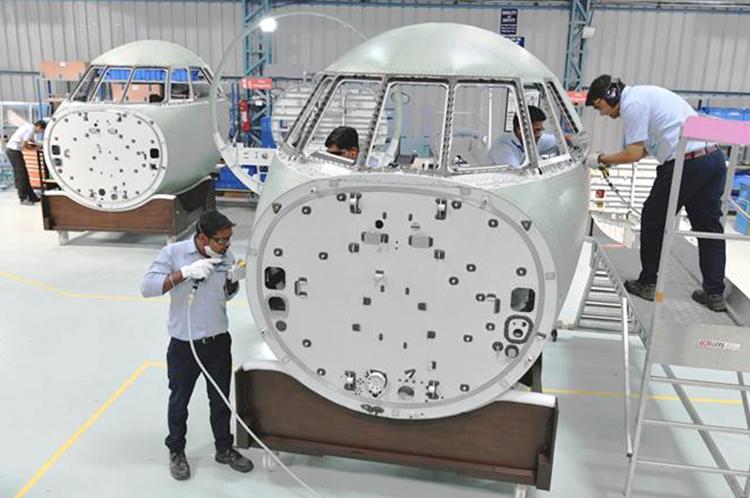 Beli 36 Rafale, India Dapat Proyek Pembuatan 2.500 Komponen Kokpit Falcon 2000