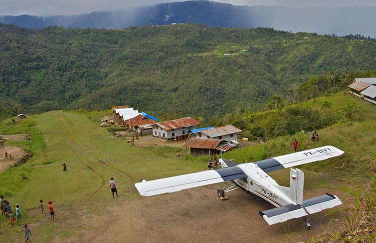 """Lebih 200 dari 362 """"Bandara Perintis"""" di Papua Belum Punya Penjaga"""