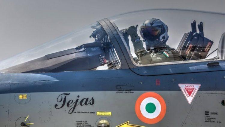 India Tingkatkan Kapasitas Produksi Tejas dan Perawatan Su-30MKI
