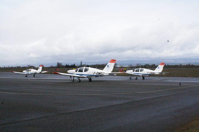 Pesawat Latih di ENAC