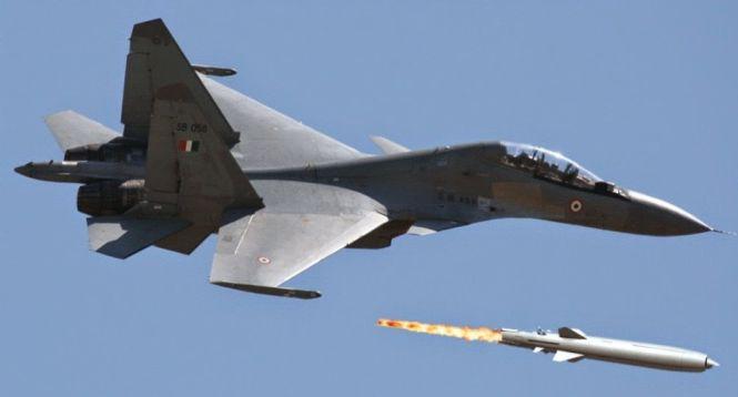 India aktifkan Skadron 222 Tigersharks berisi Su-30MKI bersenjata BrahMos