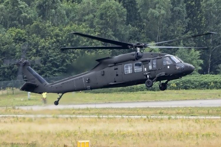 Bantu Tingkatkan Kapasitas Militer Albania, AS Beri 3 Helikopter Black Hawk