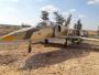 Bawa Bom, Aero L-39 Albatros Mendarat Darurat di Jalanan Kasar