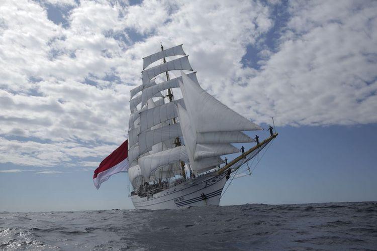 Berlayar 96 Hari, Bima Suci Bawa 103 Taruna/Taruni AAL Praktik Navigasi ke Luar Negeri