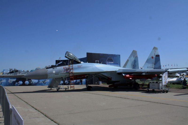 Su-35_Roni_Sontani