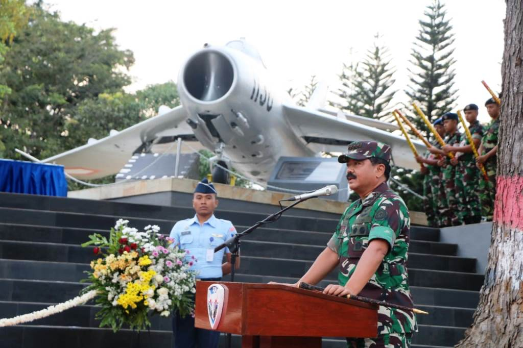 monumen MiG-17