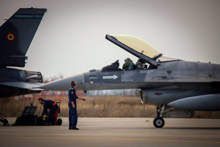 Lengkapi 12 yang Sudah Ada, Rumania Tambah 5 F-16 Bekas Pakai Portugal