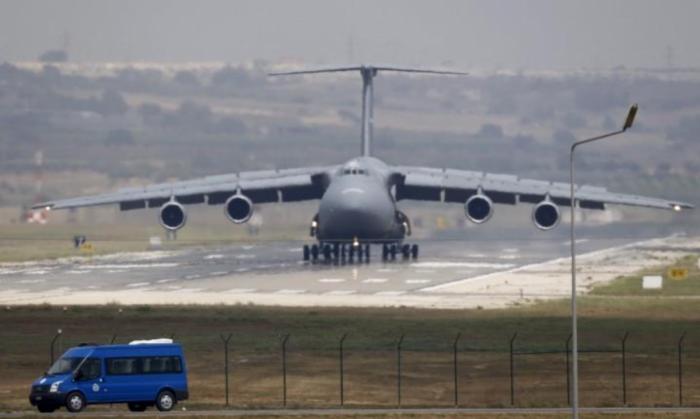 C-5M terbang dari Incirlik Air Base