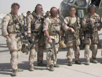 SEAL Team Six evakuasi dua jasad dan kotak hitam dari pesawat E-11A