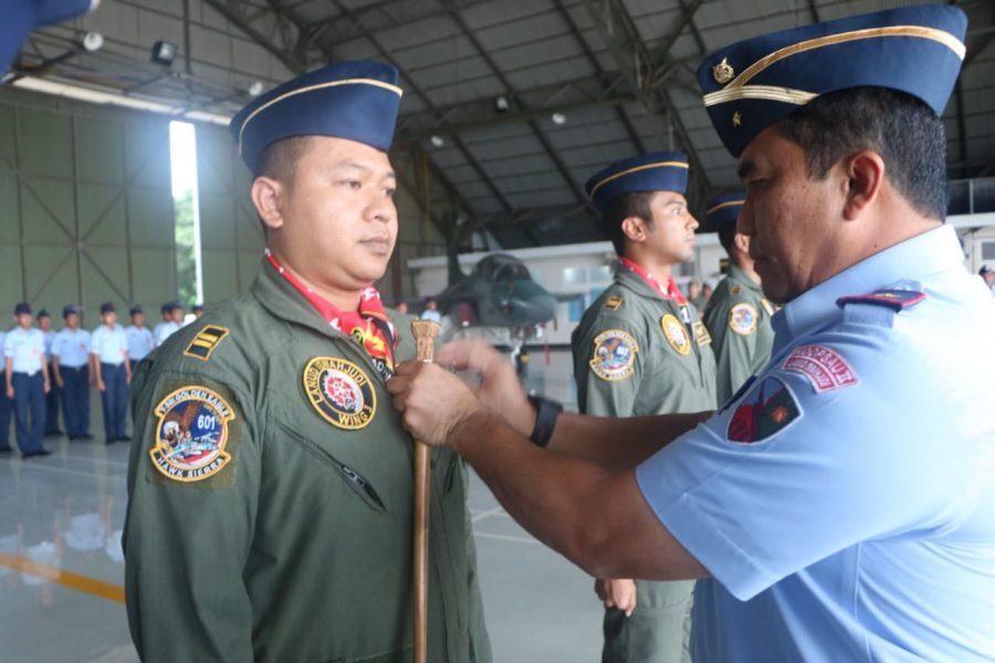 Dua penerbang Skadron Udara 15 selesaikan Pendidikan Transisi T-50i