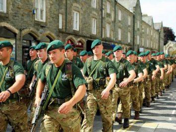 30 anggota Komando 42 Marinir Inggris berangkat ke Belarusia