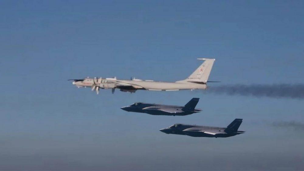 F-35A RNoAF cegat Tu-142