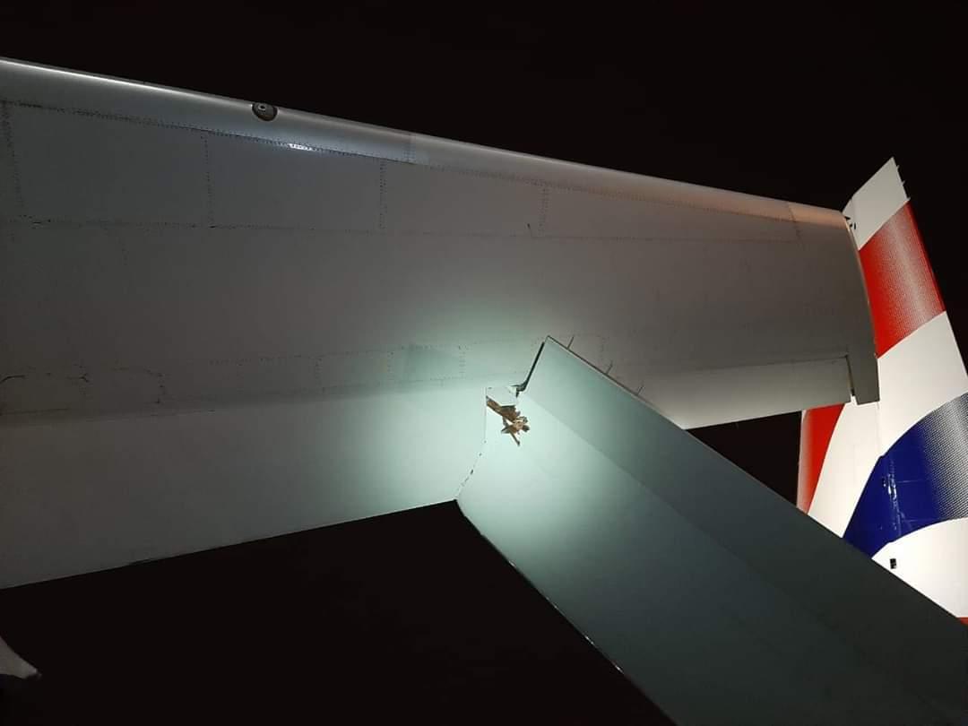Senggolan-A350-1000-British-Airways-dan-Boeing-777-300ER-Emirates_1