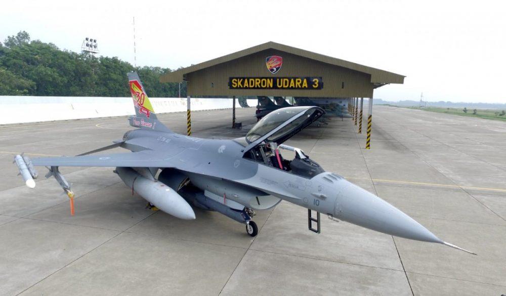F-16 TS-1610