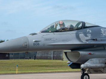 F-16 Block 50 10000 jam terbang