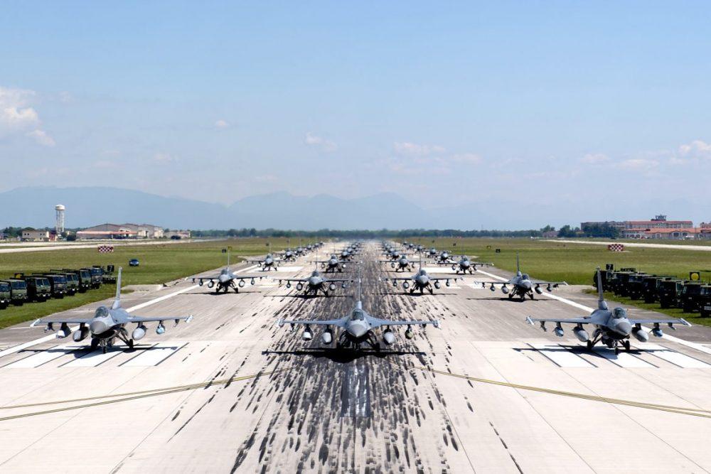 F-16s elephant walk_aviano