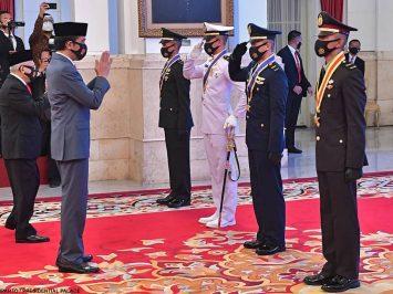 Jokowi Lantik Capaja TNI-Polri 2020