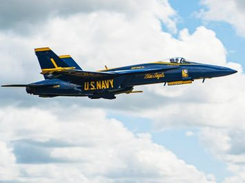 Gantikan Hornet, Blue Angels sambut pesawat baru F/A-18E Super Hornet