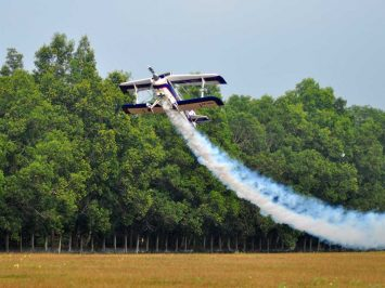 Aerobatik Eris Herryanto