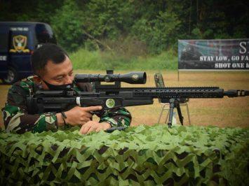 Komandan Korpaskhas juara menembak