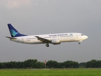 Boeing 737-400 PK-GWY