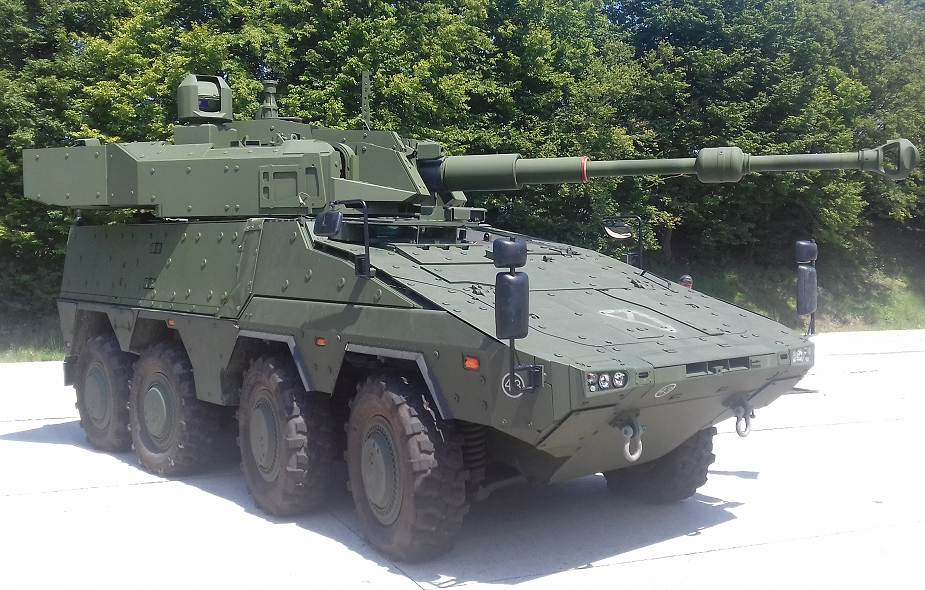 John_Cockerill_unveils_new_105mm_fire_support_vehicle_based_on_Boxer_8x8_armored_925_001
