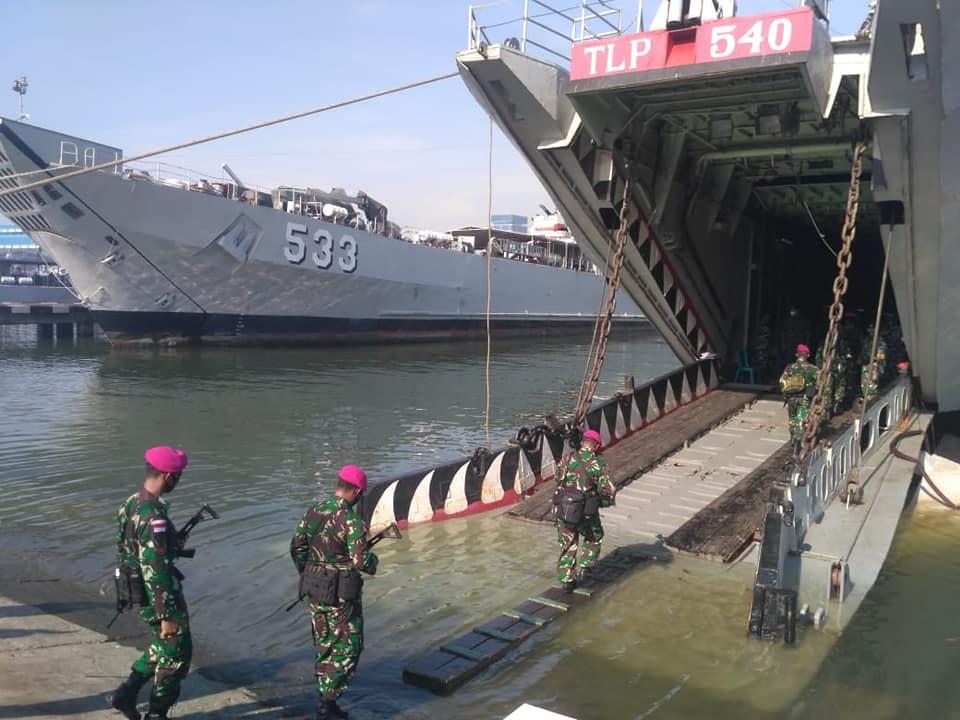 KRI Teluk Lampung - 540