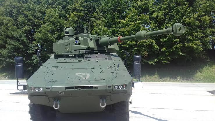 Panser Kanon Boxer 8x8 cockerill