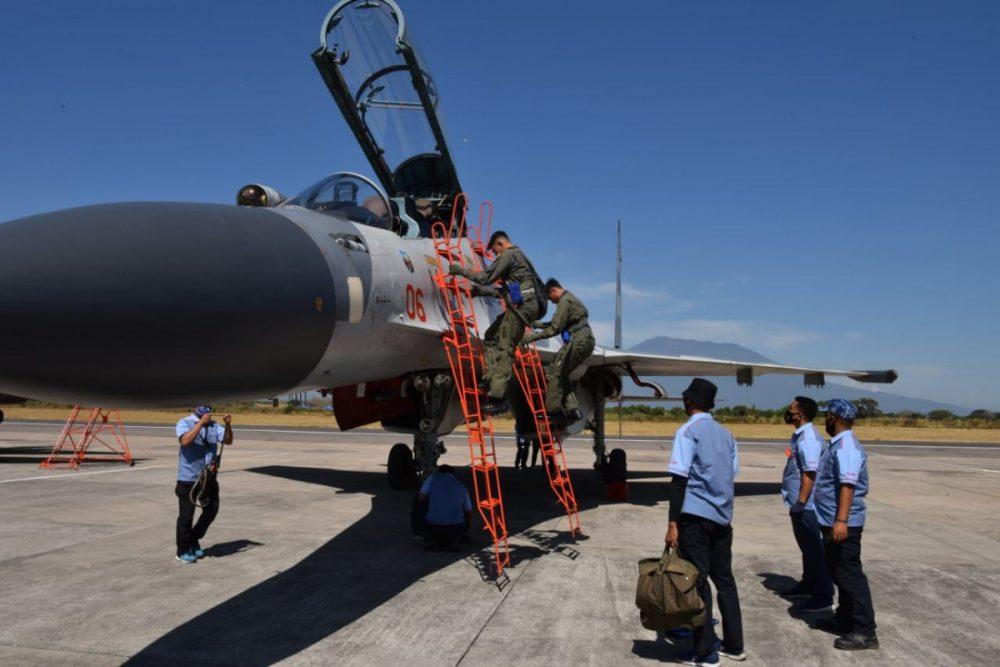 Su-30MK2 tiba di Lanud Iswahjudi