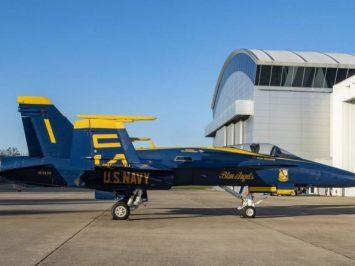Blue Angels F-A-18C-Hornet