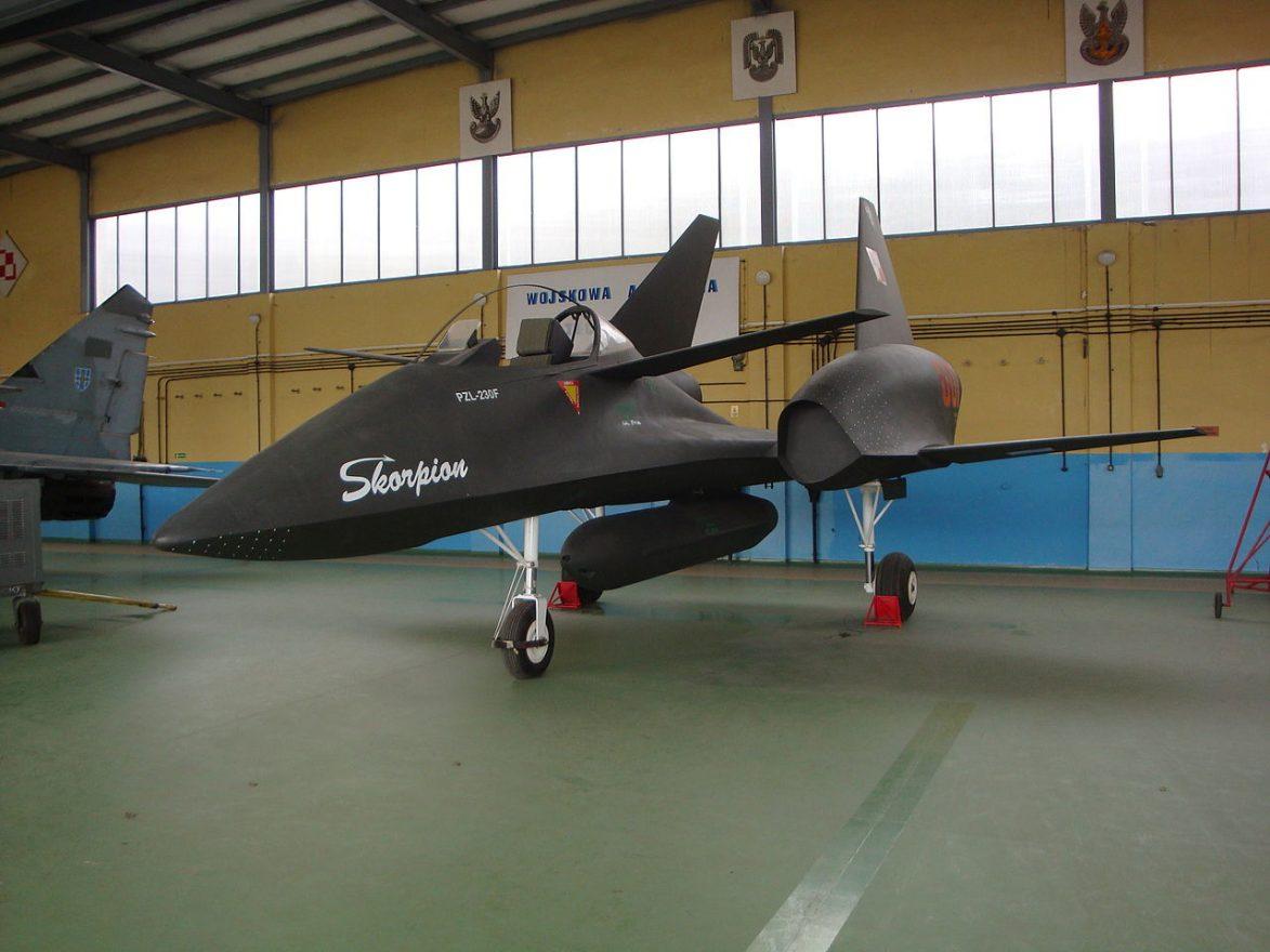 PZL-230F_Skorpion