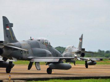 Hawk 100-200 Skadron Udara 1