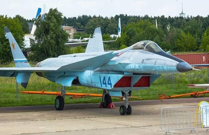 MiG-1.44