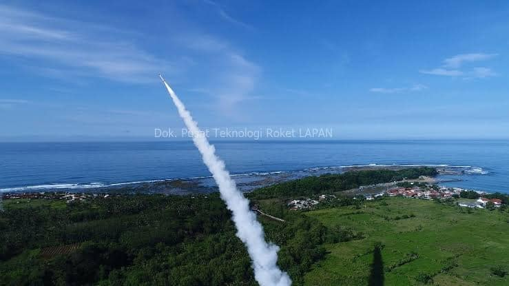 Roket RX450-5_