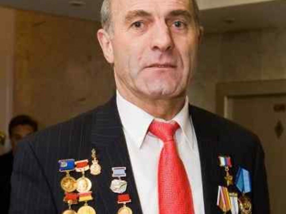Magomed Tolobyev