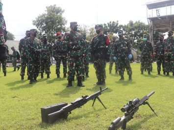 Panglima TNI kunjungi Yonif Raider 501 Bajra Yudha