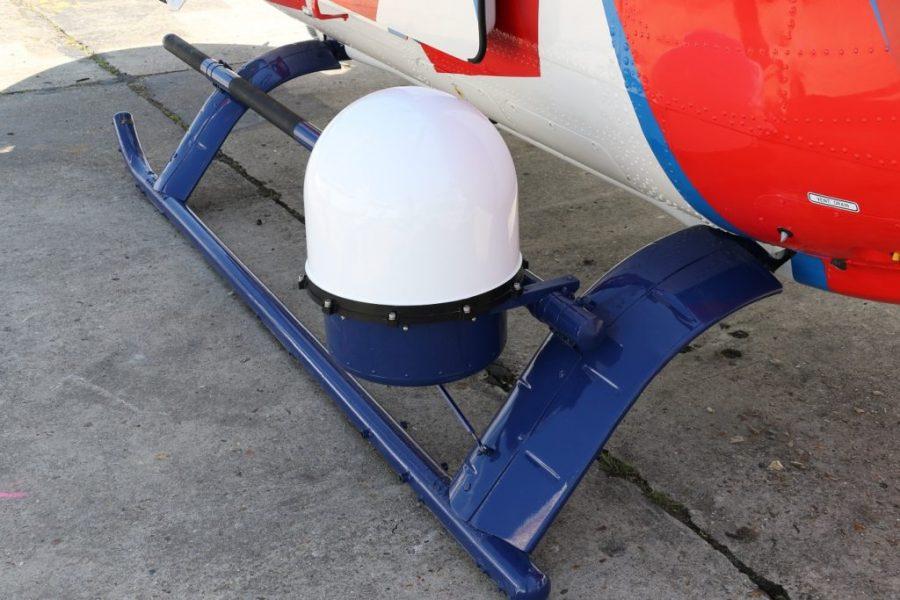 Antena Ku band komunikasi satelit