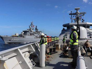 KRI Sultan Hasanuddin Latihan Bersama dengan Kapal Perang Turki_1