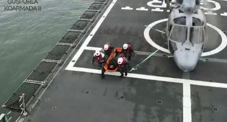 TNI AL Latihan SAR Laut dengan Basarnas di Balikpapan_2