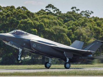 F-35A nomor 33 milik RAAF