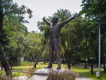 Patung Yuri Gagarin