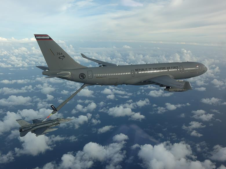 A330 MRTT and F-16D