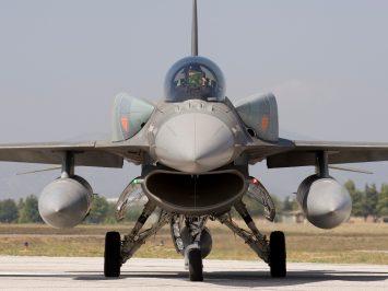 F-16 CFT