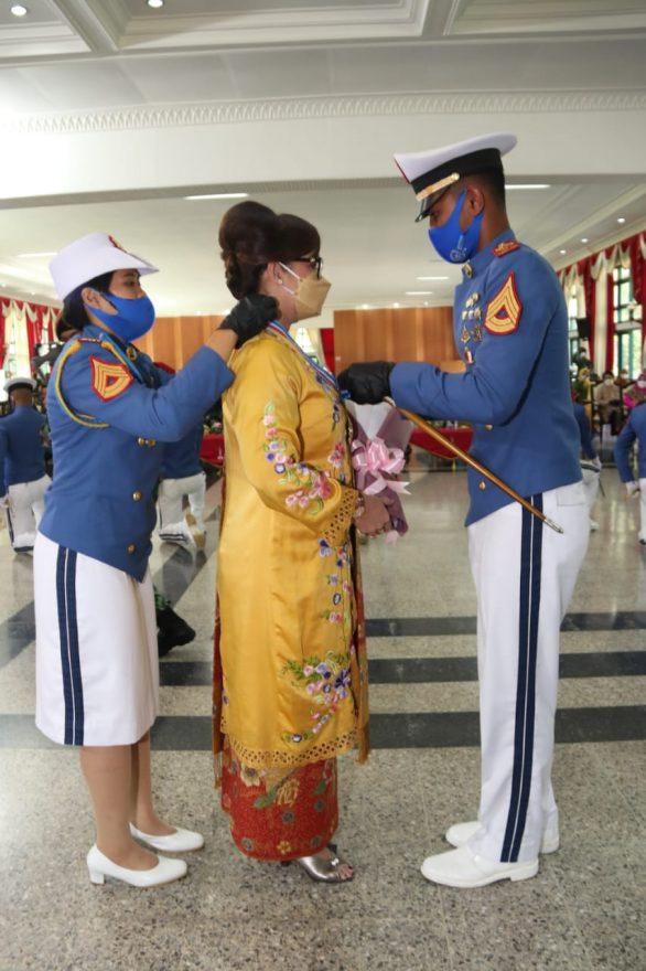 Pengukuhan Ibu Asuh Taruna tingkat I Akademi TNI_1